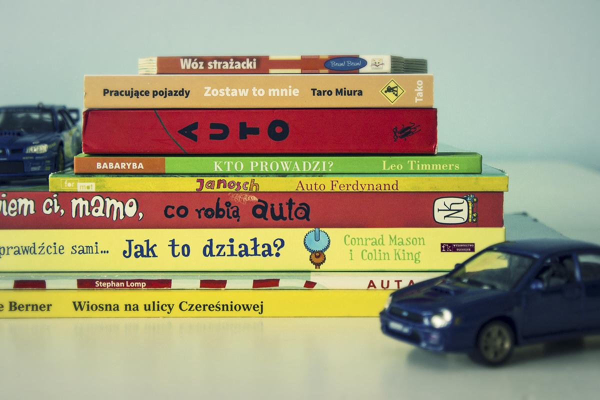 10 sprawdzonych książeczek o autach (wiek 0-4 lat)