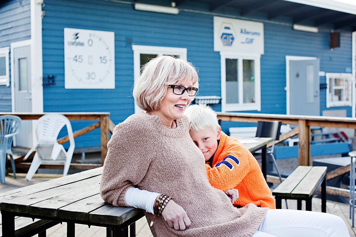 Czy dzieci mogą przejąć kontrolę? O prawach dziecka w Szwecji