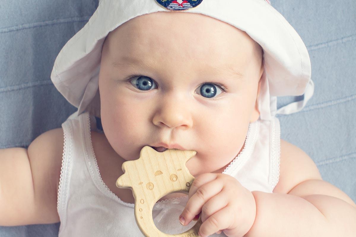 Kontakt wzrokowy – dlaczego łatwiej nawiązać go z córką niż z synem?